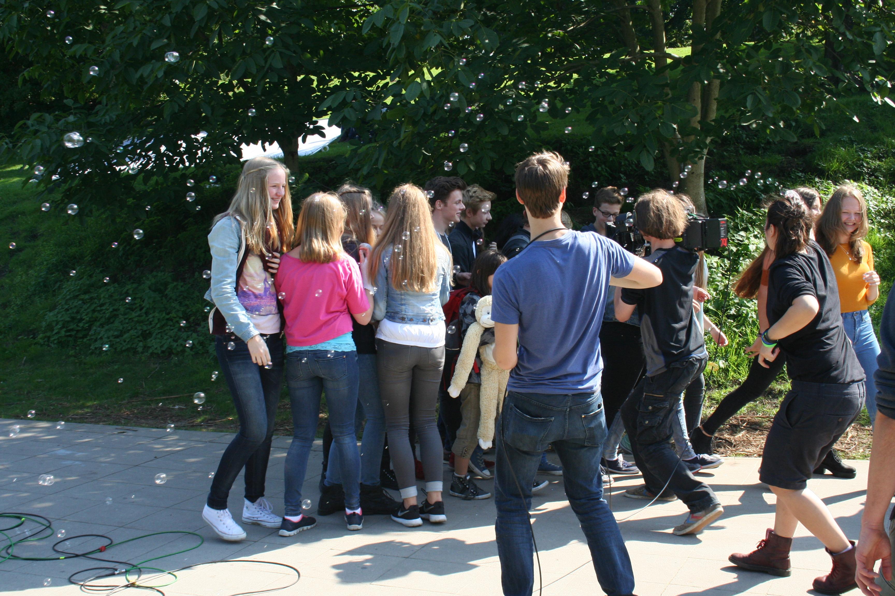 Szene aus dem Videodreh des Charitysongs, 2015 - 8